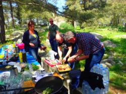 Koken in de natuur op kreta